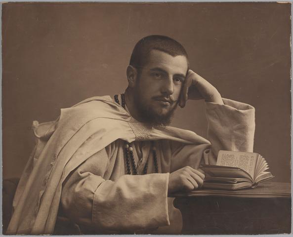 068452 - Witte pater Harry Knegtel, geboren te Tilburg op 27 september 1880 priester gewijd in 1906, overleden in Lusaka (Opper-Congo) 27 februari 1929.