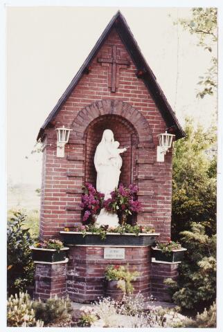 063746 - Heilige Maria kapel. Maria kapel aan de Heukelomseweg te Heukelom