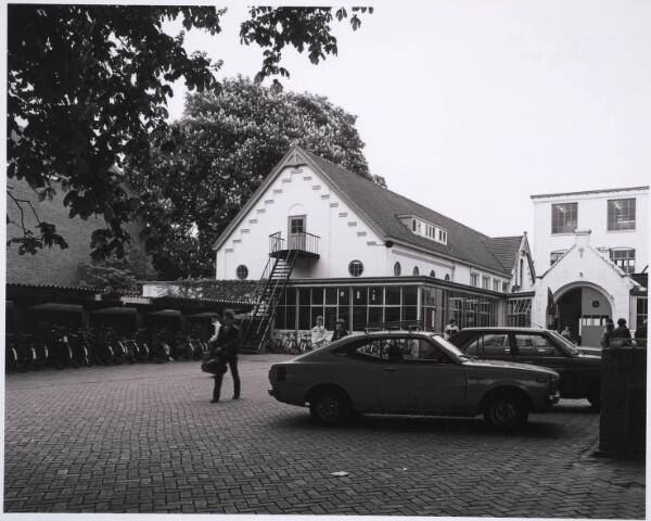 031662 - Onderwijs: r.k.Ambachts- en Industrieschool voor Tilburg en omstreken aan de Spoorlaan