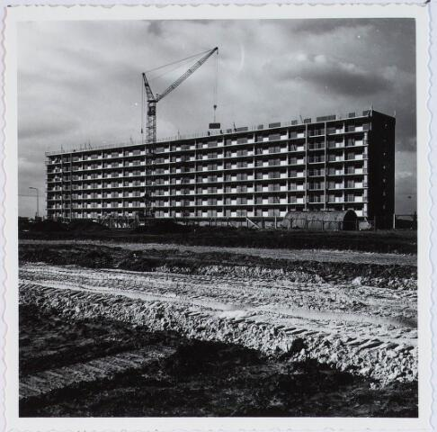 028353 - De Heboma Flats aan de Perosistraat