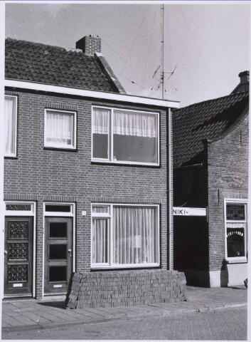 023409 - Panden aan de oostzijde van het Julianapark anno 1968