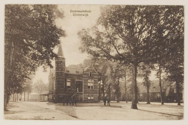 074333 - Het gemeentehuis aan de Lind te Oisterwijk.