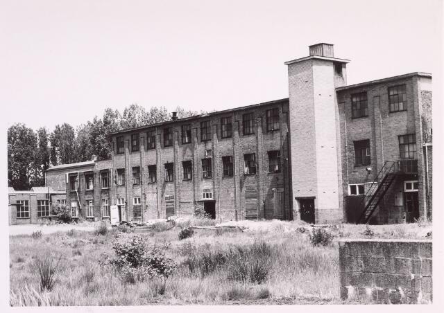 016871 - Gedeelte van het fabriekscomplex van looierij/wolwasserij Bernard Pessers. Afdeling pelsbereiding. Beneden werden de vachten gelooid, boven werden de pelzen afgewerkt.