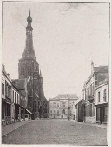 027830 - Oude Markt met parochiekerk van de H. Dionysius (Heike) .
