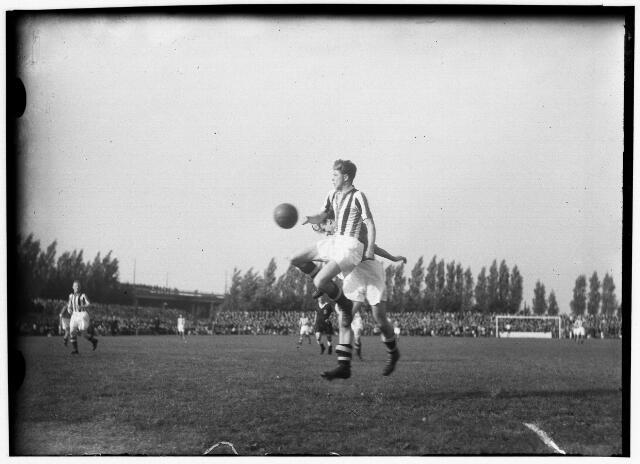 050900 - Sport. Voetbal. Willem II-N.A.C.