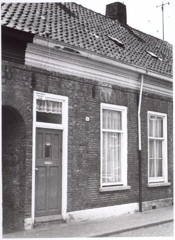 017656 - Pand Van Doorenstraat 16 halverwege 1970