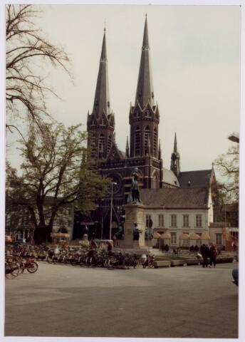 021400 - Lindeboom op de Heuvel anno 1980