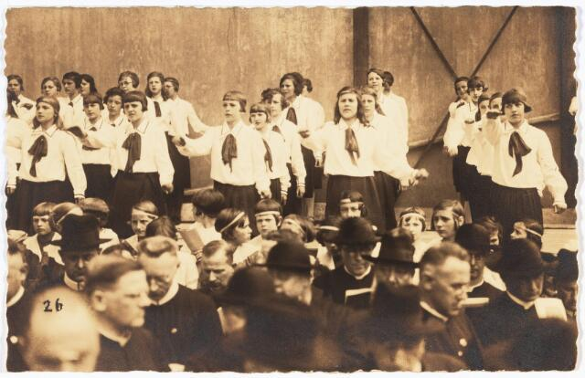 009109 - H. Harthulde op de Heuvel voor de Tweede Wereldoorlog.