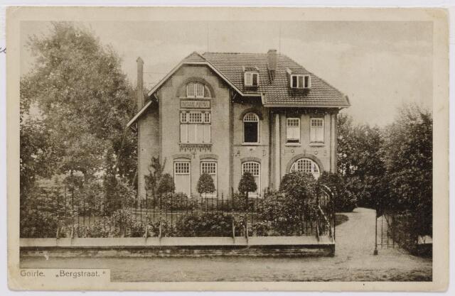 046253 - Huize Anna aan de Bergstraat.