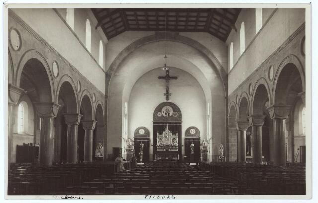 000417 - Interieur kerk van de H. Willibrordus aan de Enschotsestraat.
