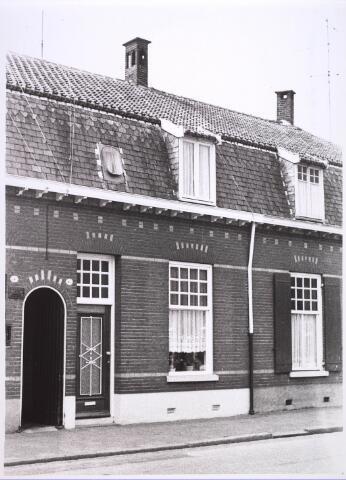 024886 - Pand Kwaadeindstraat 6  halverwege 1969