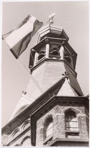 035987 - R.K. kerk van de H. Dionysius van het Heike thans Stadhuisplein