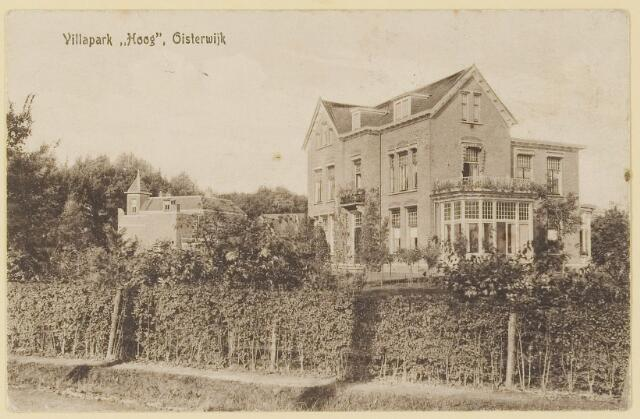 073882 - Villapark 'Hoog'gezien vanuit zuidelijke richting alsmede de gelijknamige villa, hier woonde  notaris van de Klei.