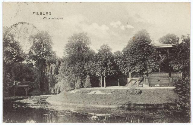 002880 - Muziekkiosk in het Wilhelminapark. Links het bruggetje over de vijver.