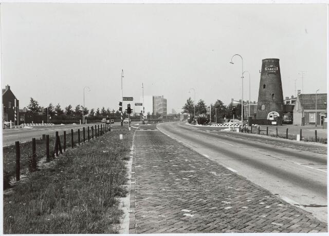030442 - Ringbaan-Zuid. Kruising Broekhovenseweg.