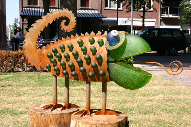 657173 - Kunst. De derde editie van de openluchtexpositie Oisterwijk Sculptuur langs De Lind in 2006.