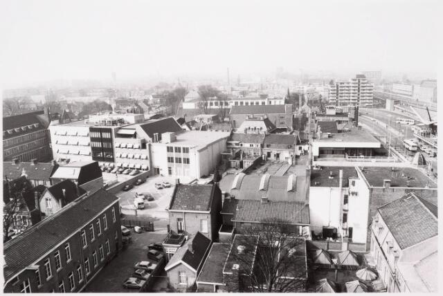 036643 - Panorama van Tilburg vanaf de flat aan de Spoorlaan 392