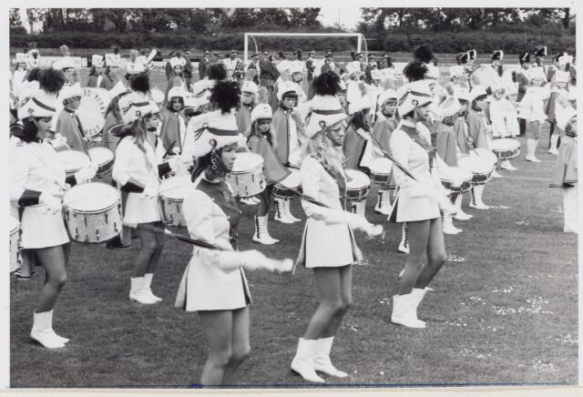 100649 - Muziek. Drumband 'Excelsior'. De drumband Excelsior  bij gelegenheid van de Sport- Muziekmanifestatie.