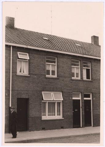 022907 - Pand Jan Heijnsstraat 19 eind september 1962.