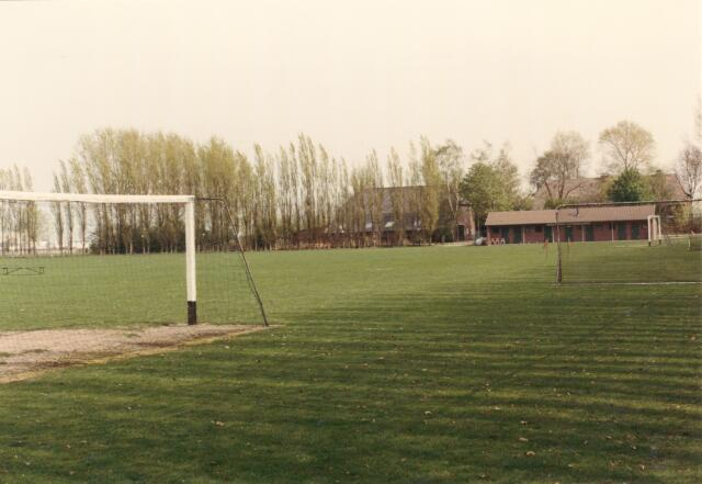 """650841 - Voetbalveld bij """"Peerke Staak"""", vooral gebruikt door bedrijfsvoetbal"""