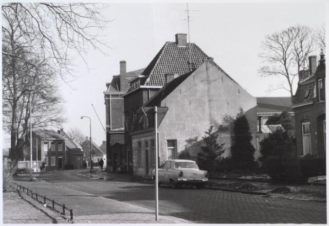 024537 - Zuidzijde van het Korvelplein, gezien in de richting van de Oerlesestraat