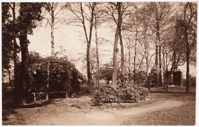 033271 - Engelse tuin met prieel van villa Tivoli aan de Bosscheweg, nu Tivolistraat.
