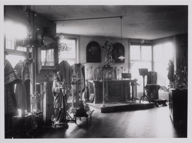 040286 - Showroom van de firma Verbunt van Dijk, o.a. leverancier van kerkelijke ornamenten