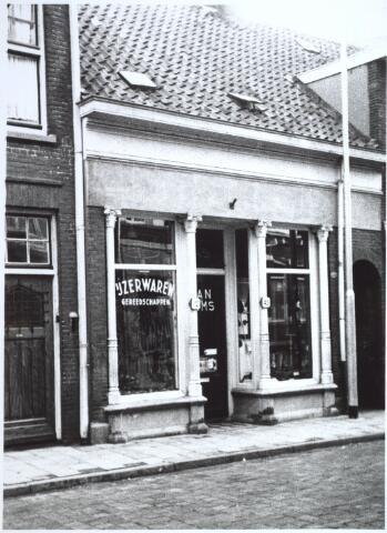 027223 - Noordstraat 45, ijzerwarenhandel J.H. Ooms.