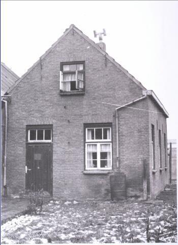 023363 - Bakkerij, gelegen op het erf achter de winkel aan het Julianapark in 1963