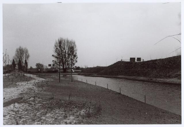 014630 - Hilvarenbeekseweg bezien vanuit de Berglandweg