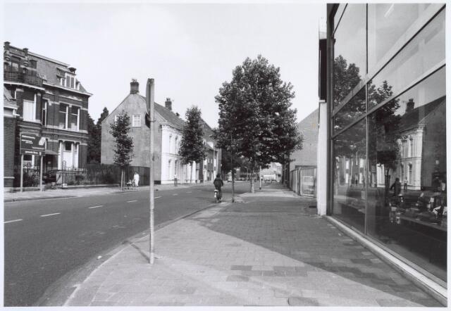 019334 - Goirkestraat bezien in de richting van het Julianapark