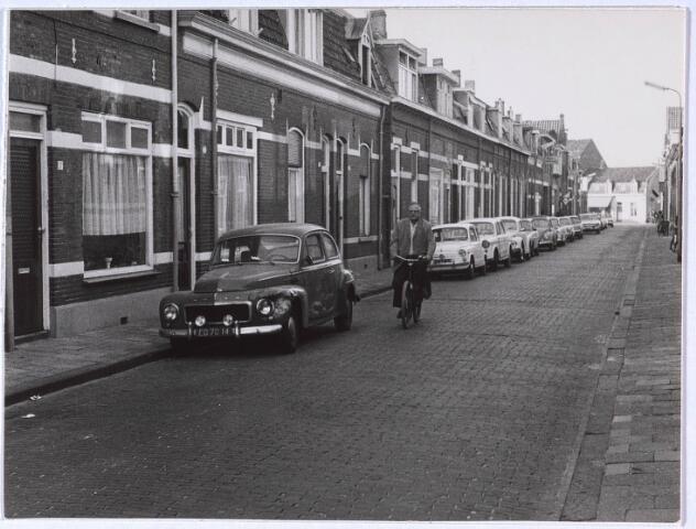 023737 - Gedeelte van de Klaverstraat gelegen tussen de Akkerstraat en de Bredaseweg (achtergrond)