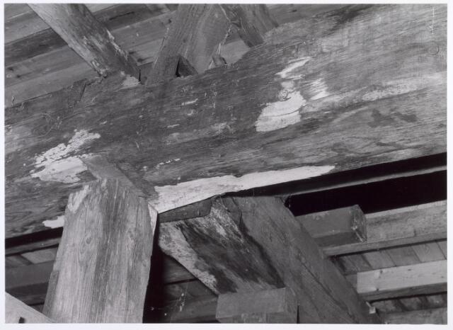 017941 - Detail van het interieur van hofstede De Blaak (koestal)