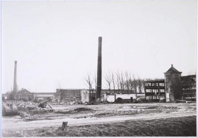 024013 - Sloop van het fabriekscomplex van Verschuuren - Piron op Koningshoeven