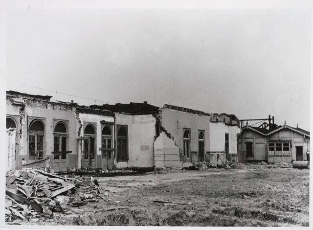 031875 - Spoorwegen: afbraak oud station aan de Spoorlaan