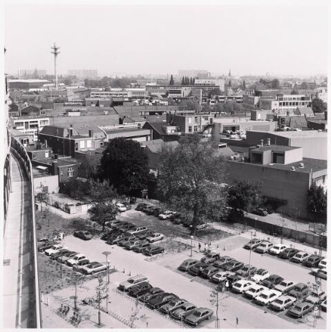 """036445 - Panorama van Tilburg vanaf de """" Katterug """"."""