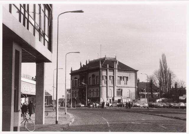 035796 - Oude gemeentehuis aan het Stadhuisplein