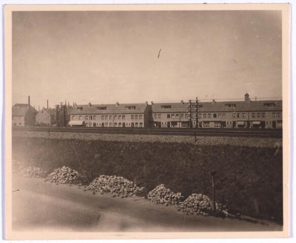 022829 - Insulindeplein na aanleg van de spoordijk in 1922.