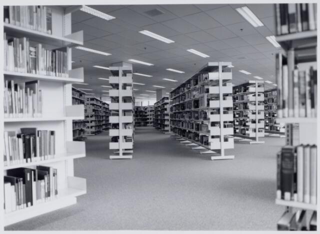 049120 - Interieur Openbare Bibliotheek Tilburg.