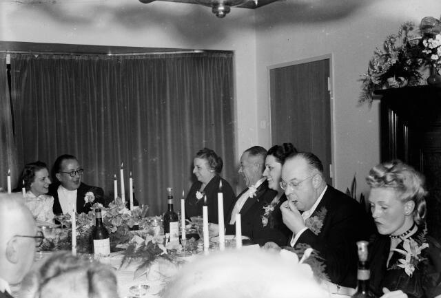 050764 - Diner t.g.v. het huwelijk van J.M. Peijnenborg-Vos.