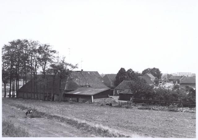 017863 - Achterzijde van een boerderij aan de Dr. Hub. van Doorneweg anno 1971