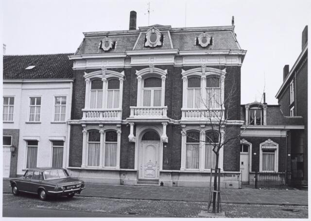 019199 - Fabrikantenwoning met daarnaast een dienstwoning aan de Goirkestraat