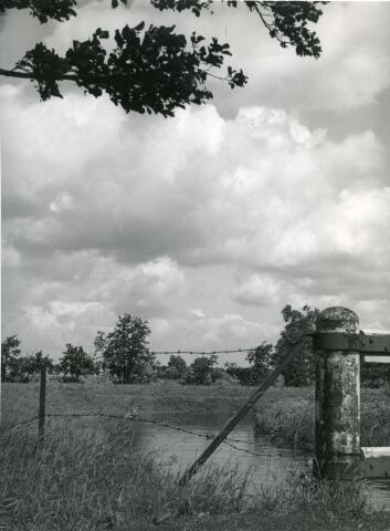 """071459 - Riviertje de Leij bij """"de Buunder""""."""