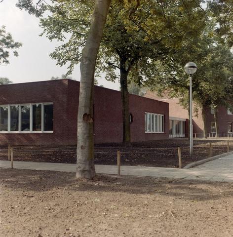 1237_012_915-1_002 - Nieuwbouw, School Fatima, in- en exterieur.