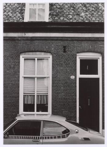 018126 - Pand Elzenstraat 47 halverwege 1980
