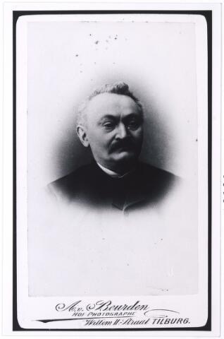 005361 - Antonius (Antonie) van de PAS (Tilburg 1831-1899), koek- en banketbakker, trouwde in 1864 in Tilburg met Christina Hendrika Latour (Tilburg 1832). De firma A. van de Pas-Latour was tevens grossierderij.