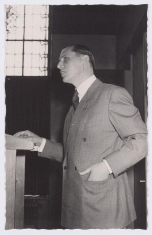 053344 - Koninklijke Bezoeken. prins Bernhard brengt een werkbezoek aan Tilburg