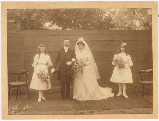 007898 - Schijns, Huwelijk te Tilburg.