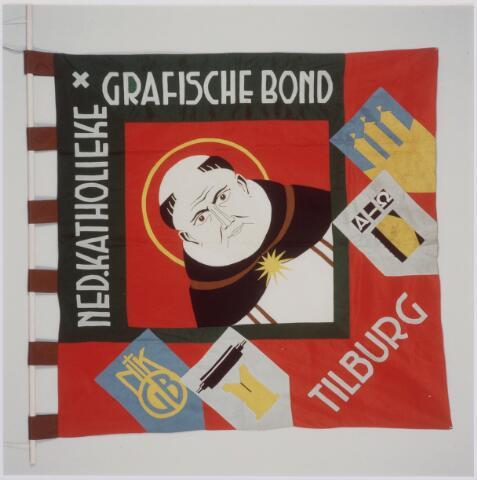 041052 - vlag Nederlandse katholieke grafische bond (NKGB vanaf 1923) afd. Tilburg In het miidden een afbeelding van de patroon St. Dominicus.