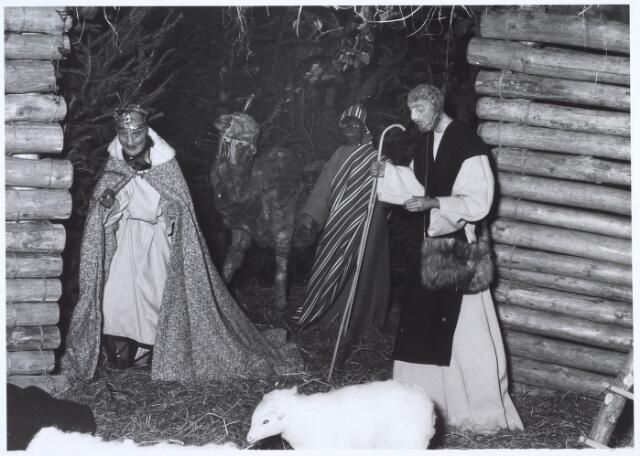 019681 - Beeldengroep in de kerststal in de Goirkese kerk